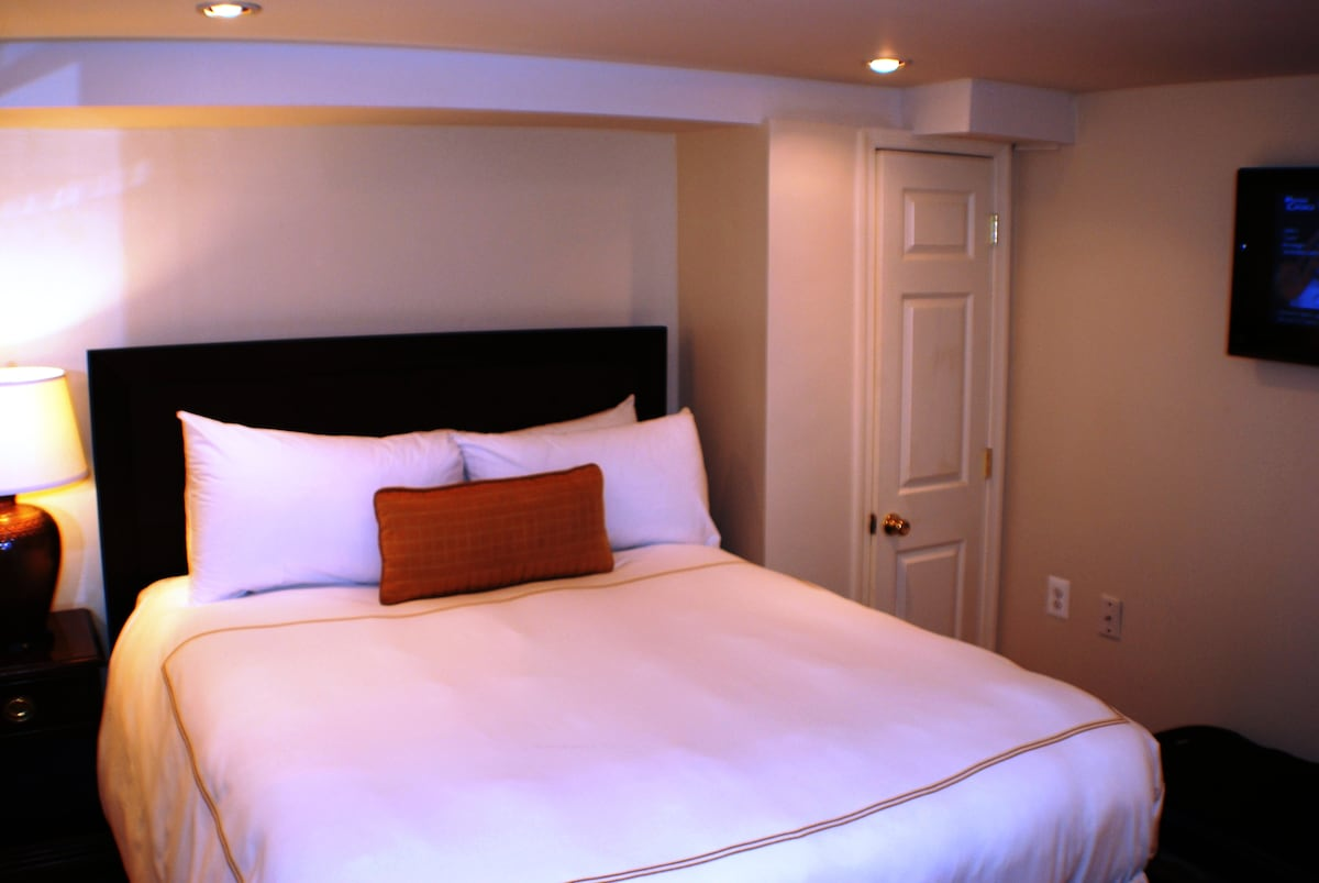 First Bedroom with over-sized Queen Bed