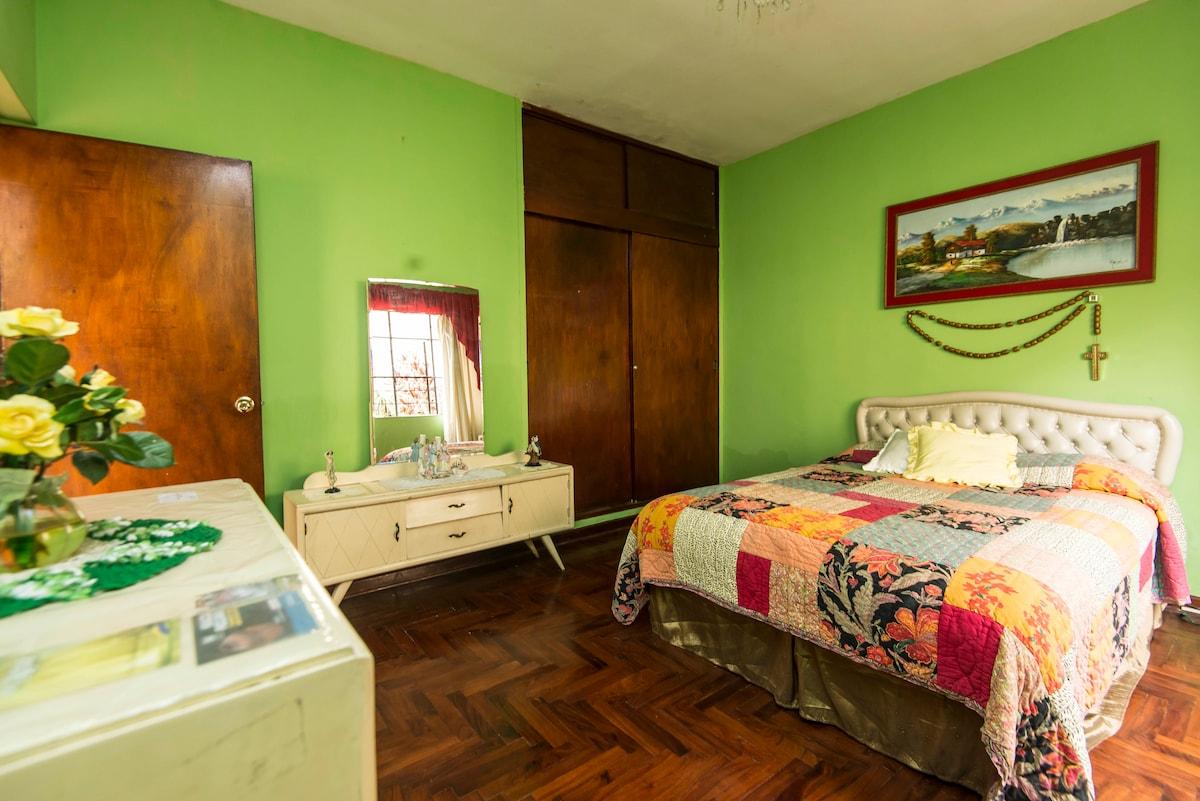 Close to Miraflores-Home Sweet Home