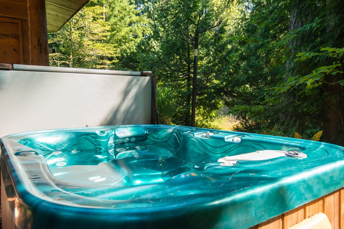 Enjoy a private soak in the personal hot tub just outside the Master Bedroom.