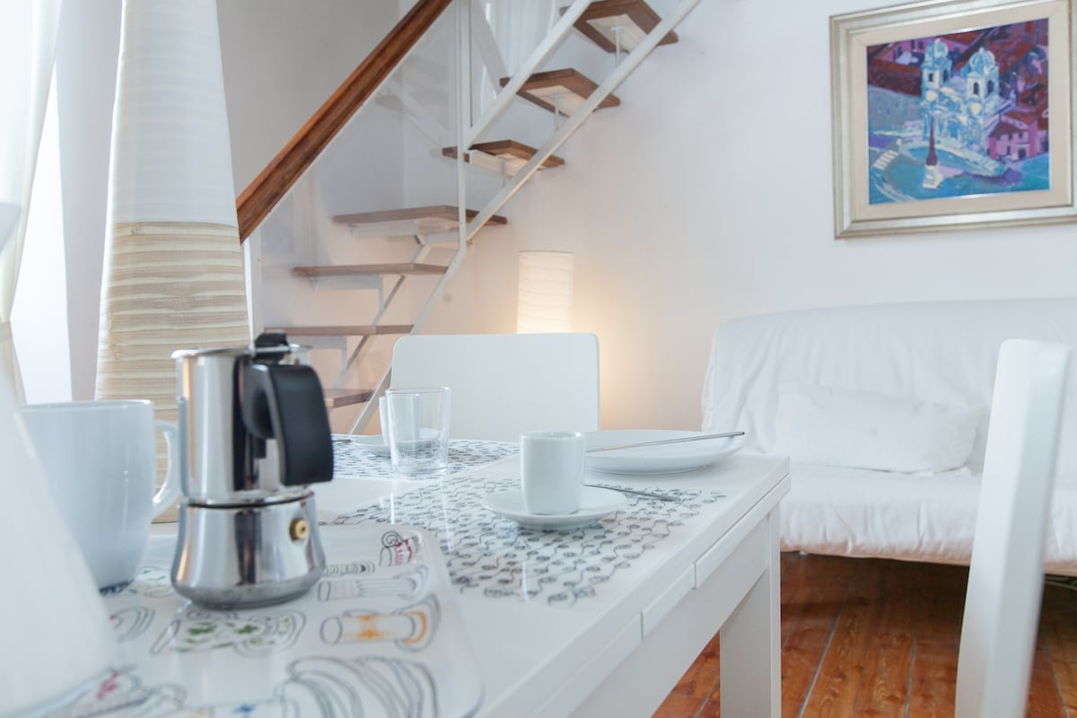 Beautiful apartment in the heart of Trastevere