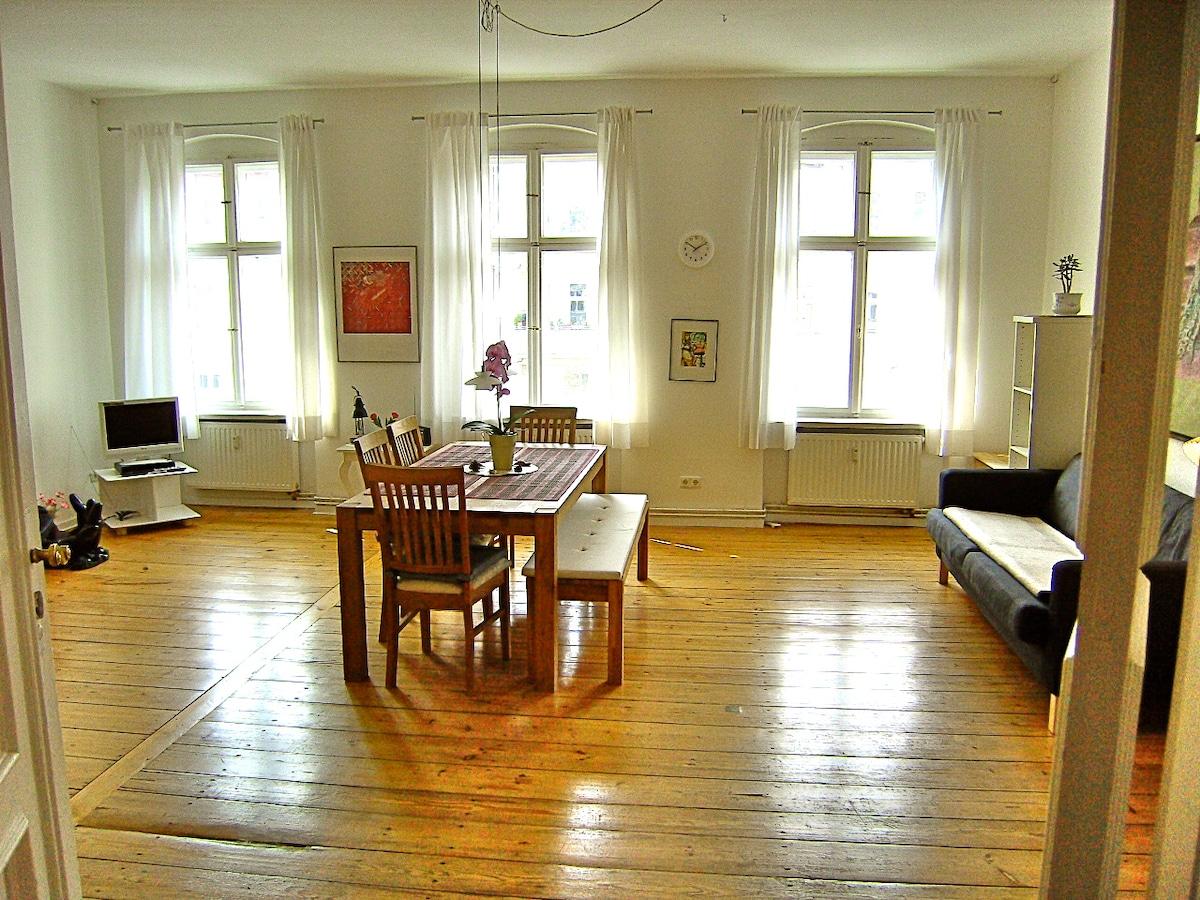 68 cafe wohnzimmer berliner str cafe wohnzimmer for Wohnzimmer bar berlin