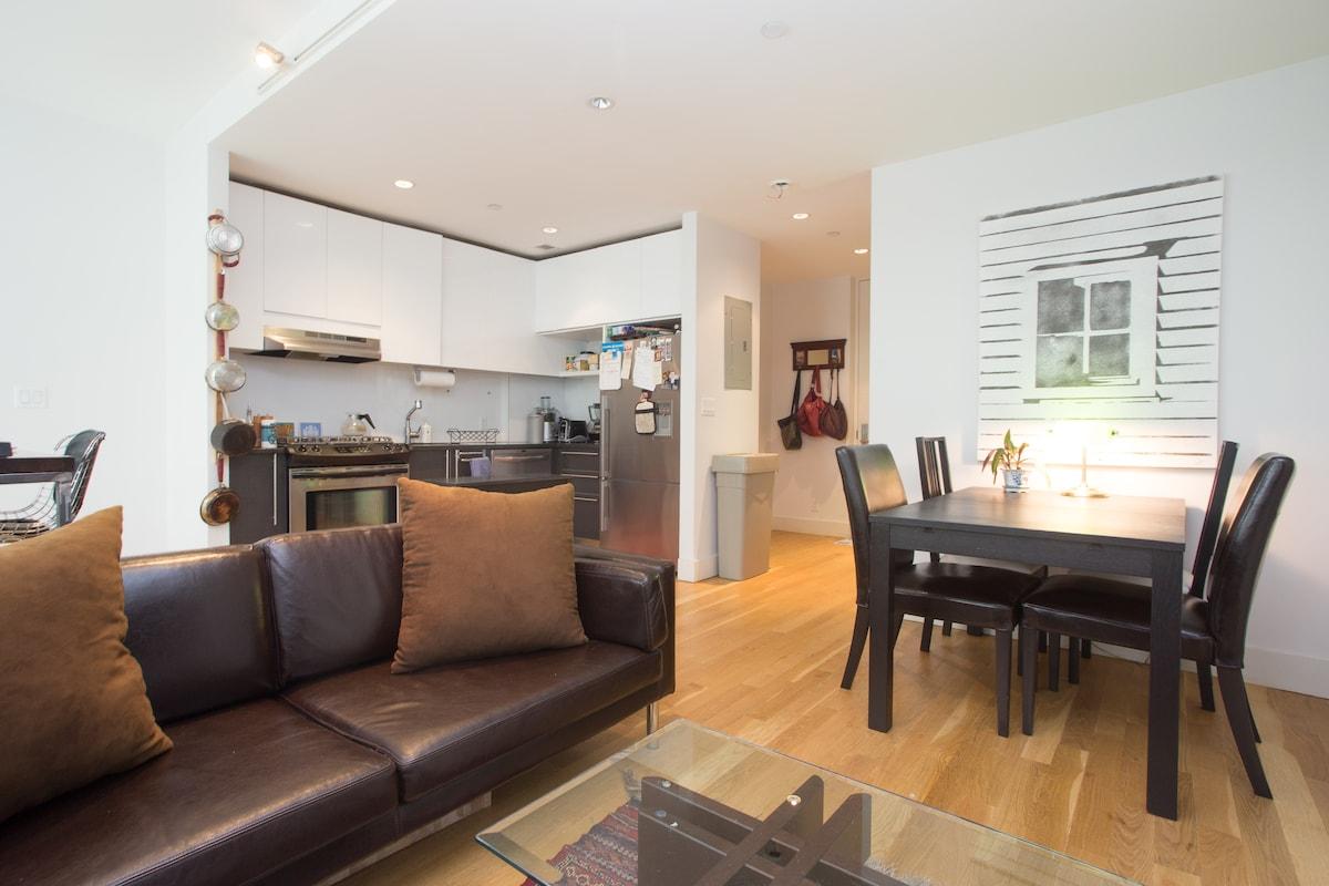 Upstairs den/kitchen area #2