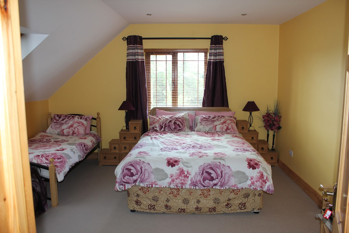 Bed rm 2 -sleeps 3 guest's