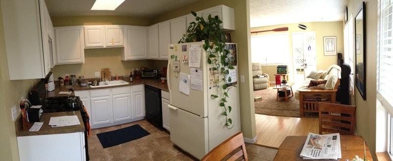 Kitchen & dining area.