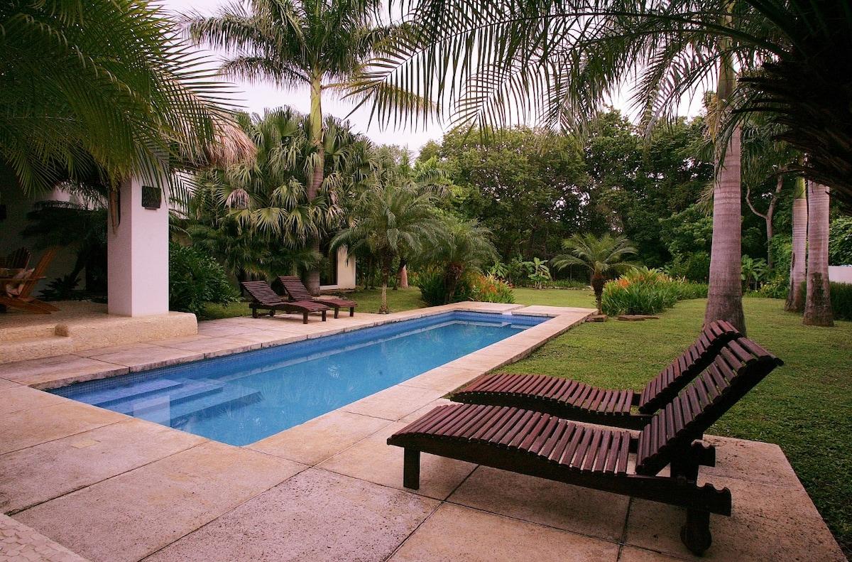 Modern Villa, Tamarindo-Avellanas