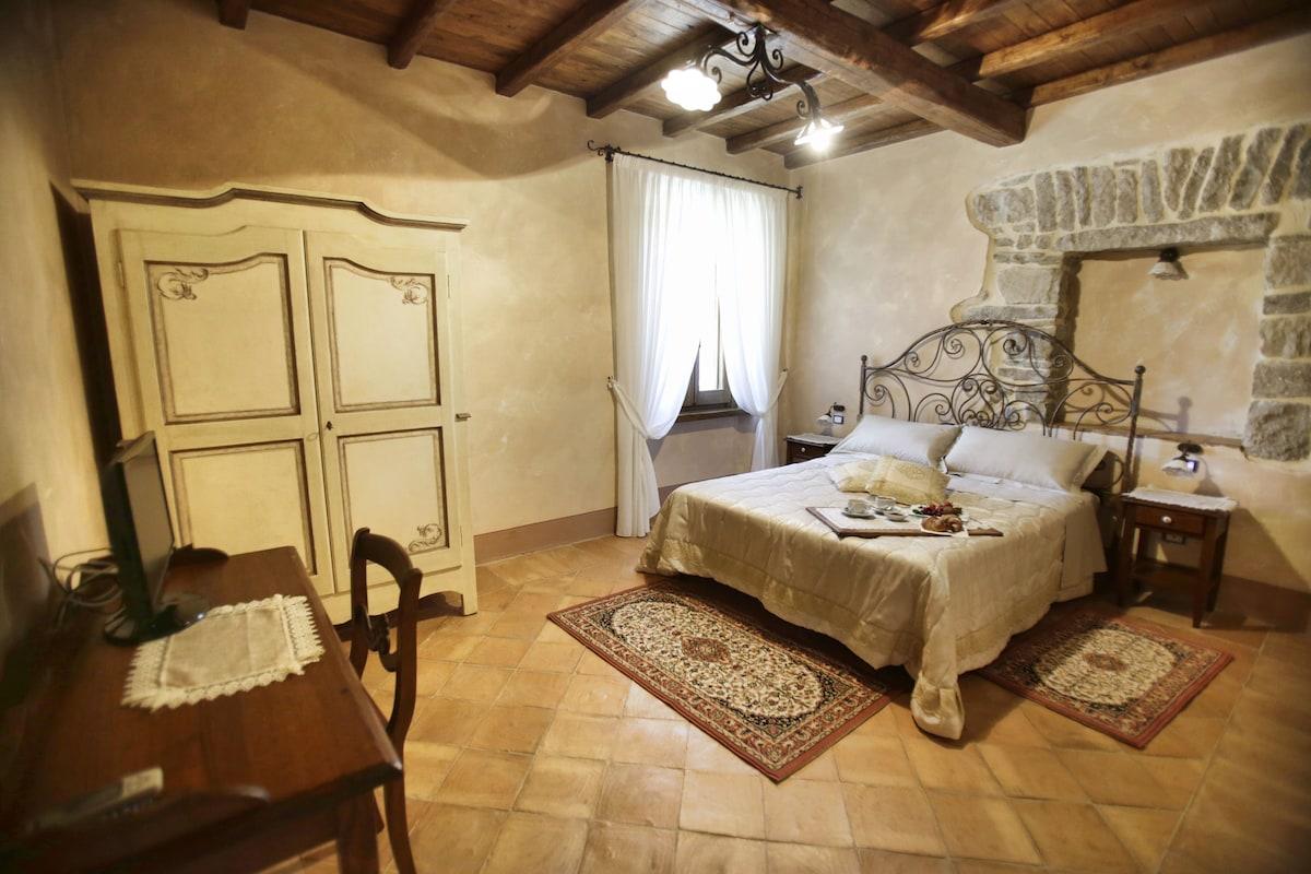 Ruspante Hostelry, Oliva room.