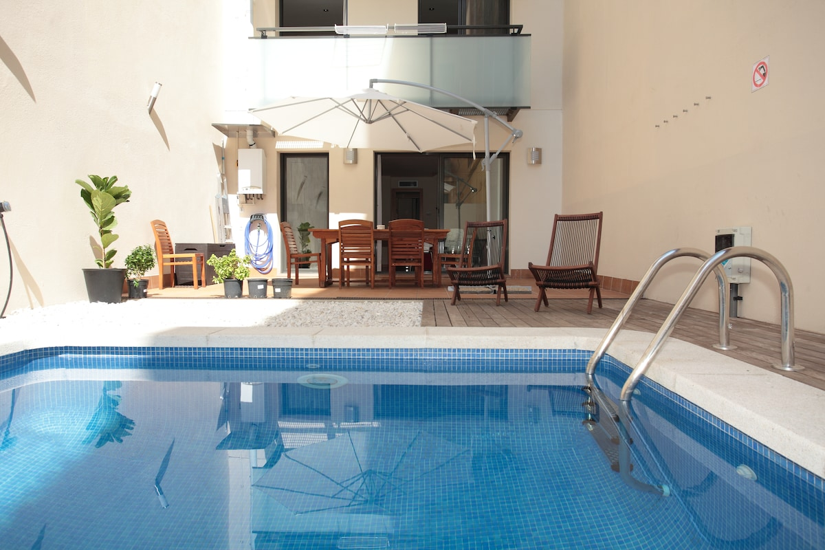 APARTMENT WITH GARDEN &PRIVATE POOL