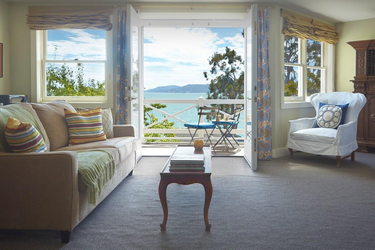 Bay View Suite, Luxury & Comfort