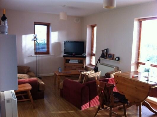 Private room in suburban apartment