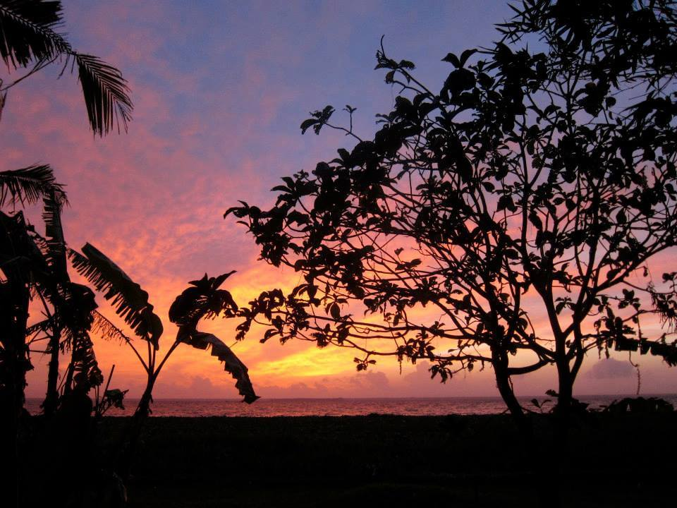 Your daily sunset view over Lake Vembanad