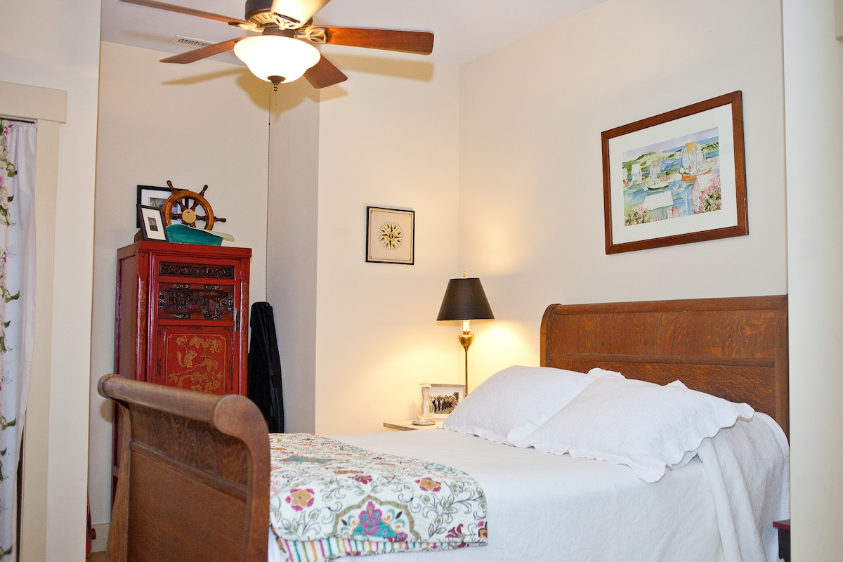 Only sweet dreams will visit in this antique, full-sized sleigh bed which affords you a view of the marsh and creek.