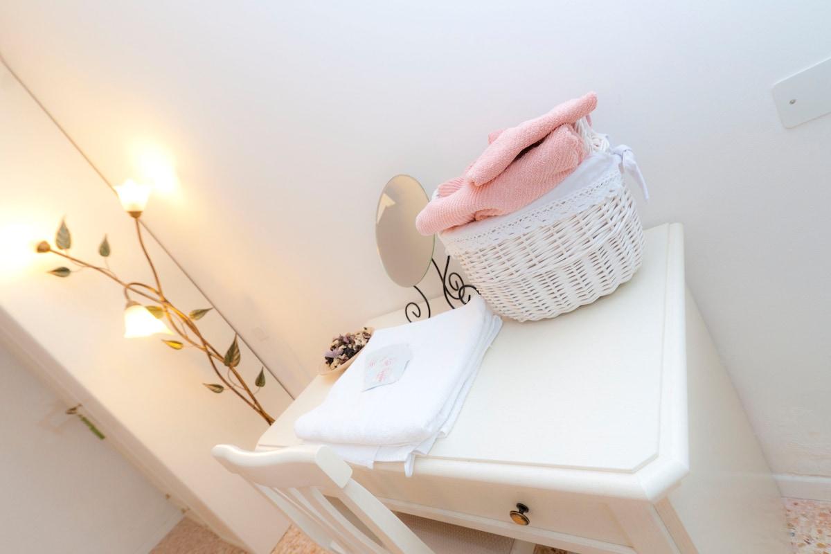 Asciugamani e linea cortesia per ogni cliente!!!