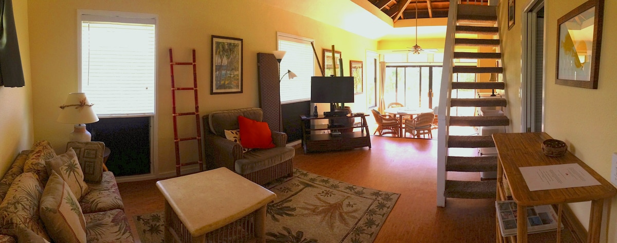 Living Room and Dining with morning sunshine pouring in off lanai.