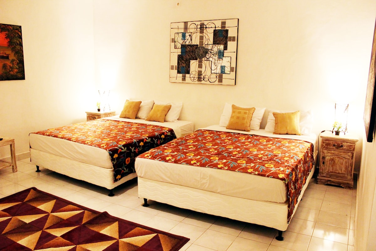 8R-2Qu Bed Villa TV,Kitc,AC,WF,Pool