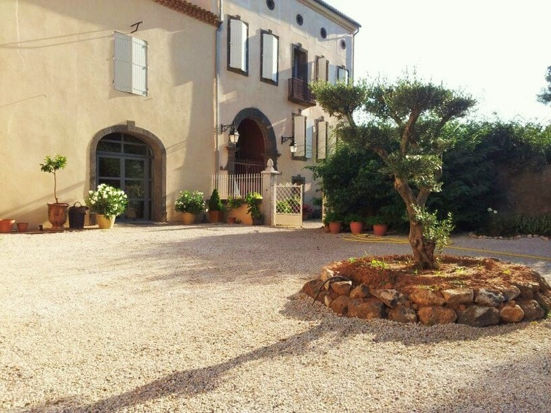 3 Bedroom Villas with pool in Agde