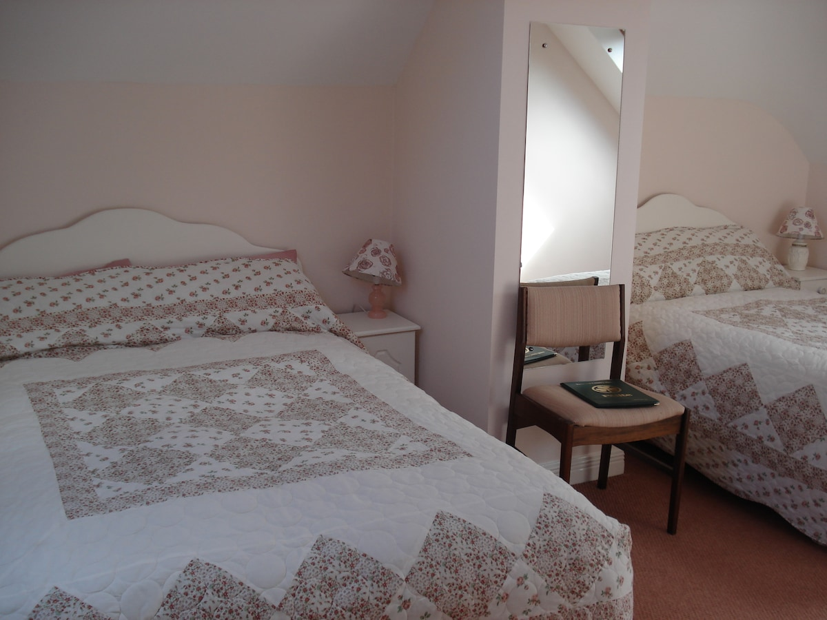 Family/Friends Room, Westport Mayo