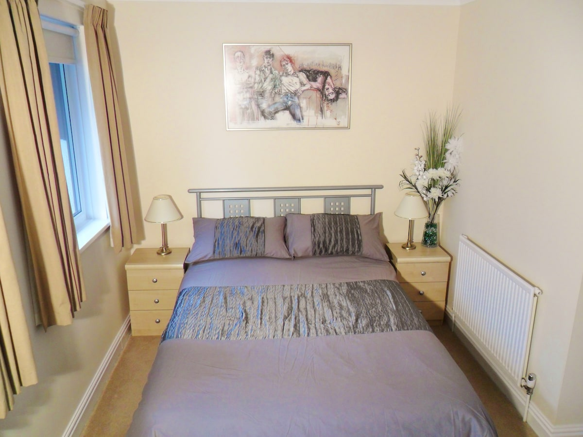 Double room in house in Torquay, UK