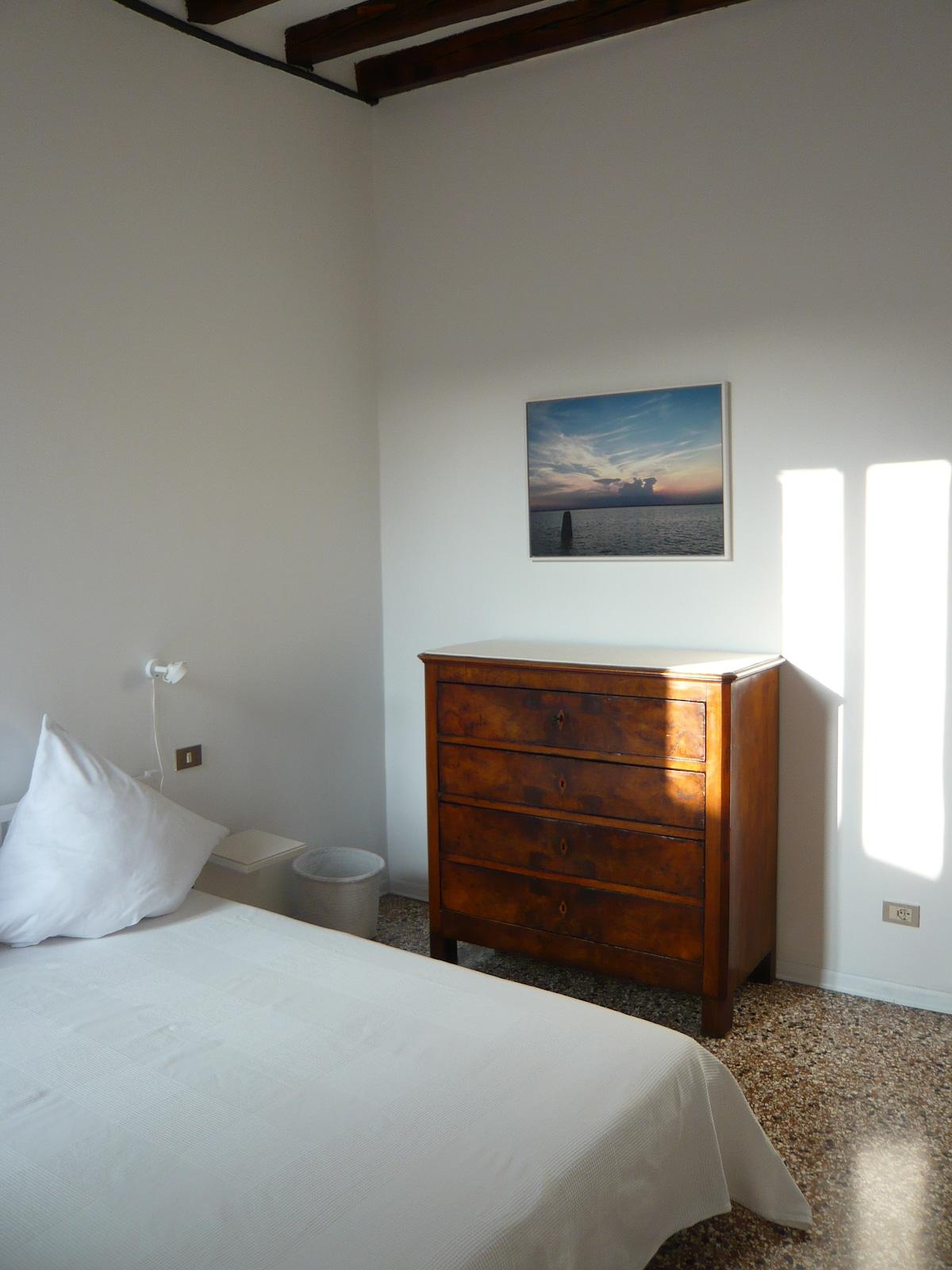La camera bianca a Venezia