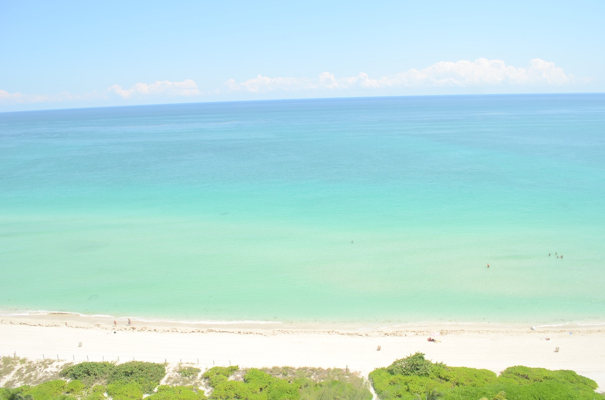 180 degree ocean views