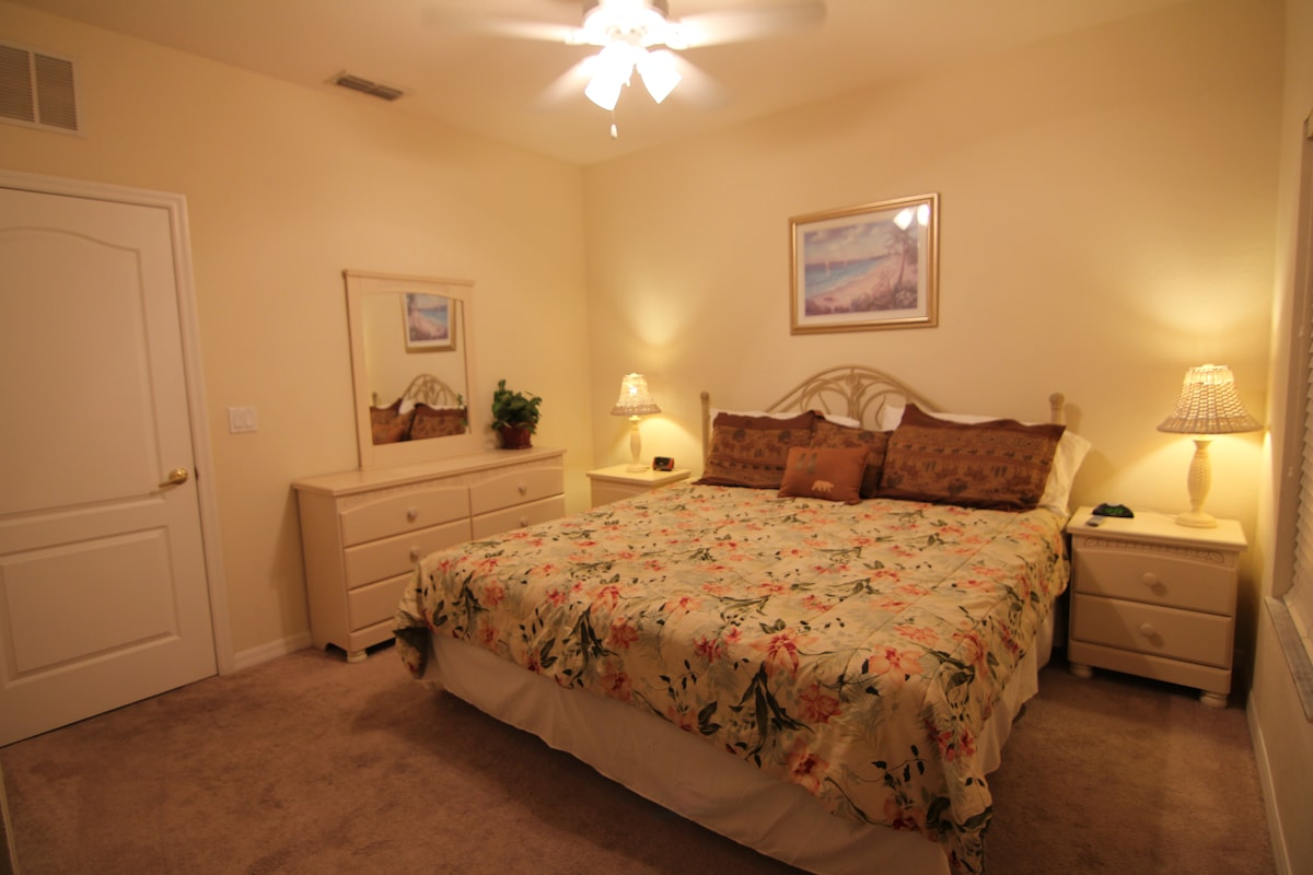Upstair master en-suite with a king bed