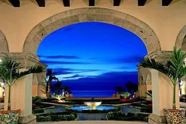 Beachfront and golf resort Villa