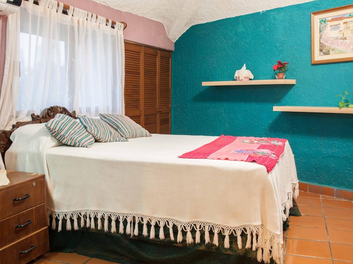 Bonita habitación Verde-Toronhouse