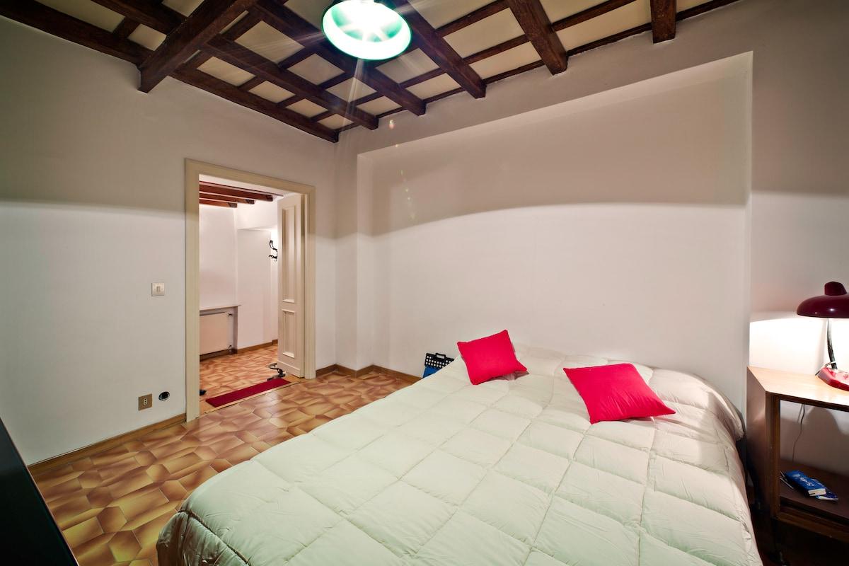 Campo de Fiori downtown cosy flat