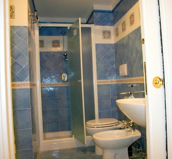 Bathroom of Marina Grande Holiday Apartment in Sorrento