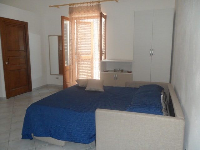 Large studio in Lipari center