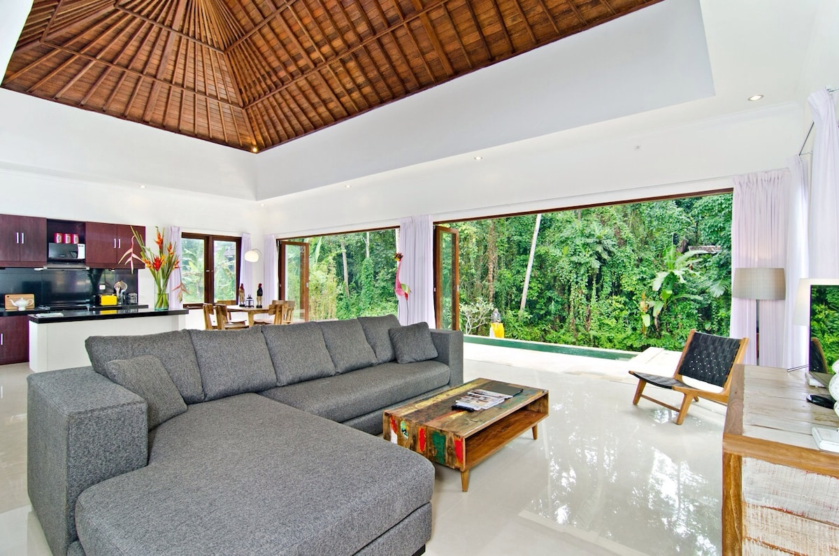 NEW VILLA, PRIVATE POOL, UBUD
