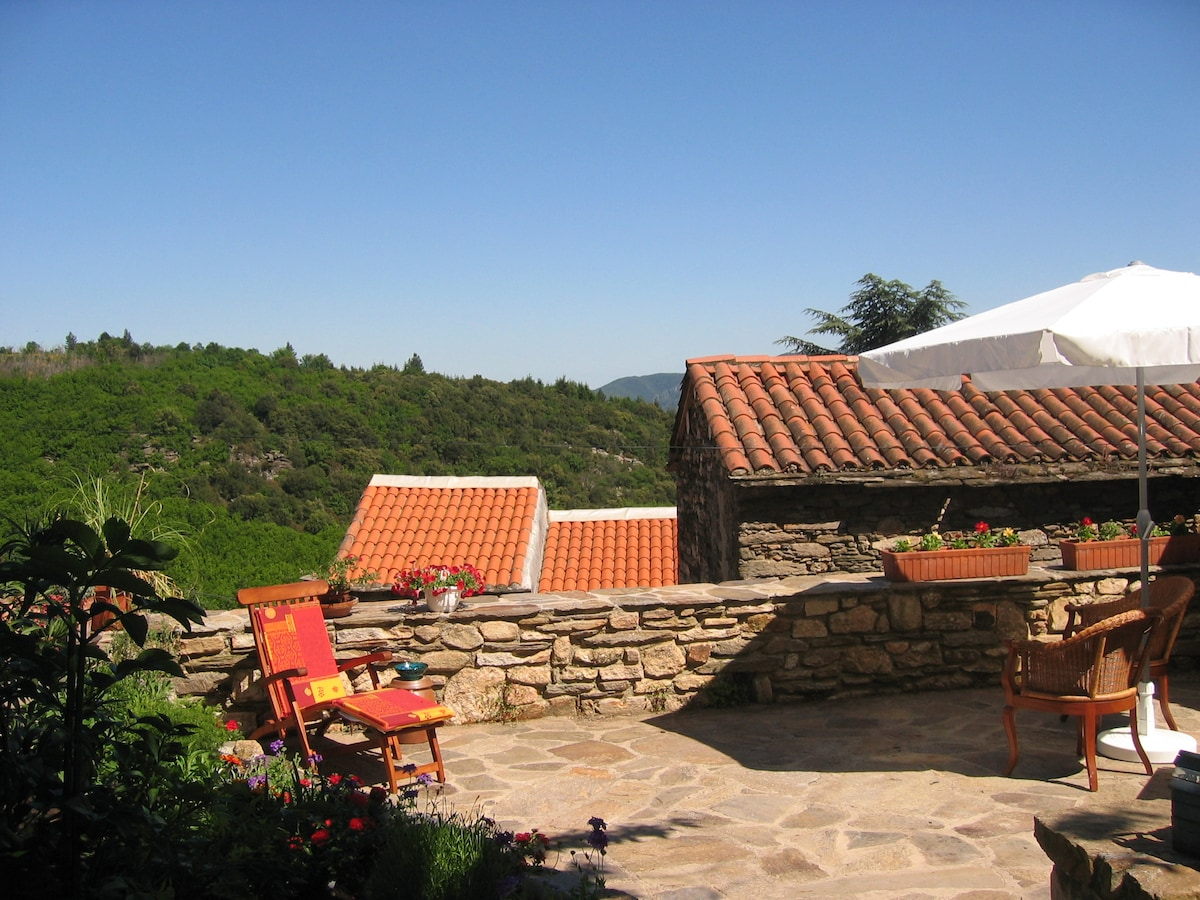 Charming house in tiny hamlet