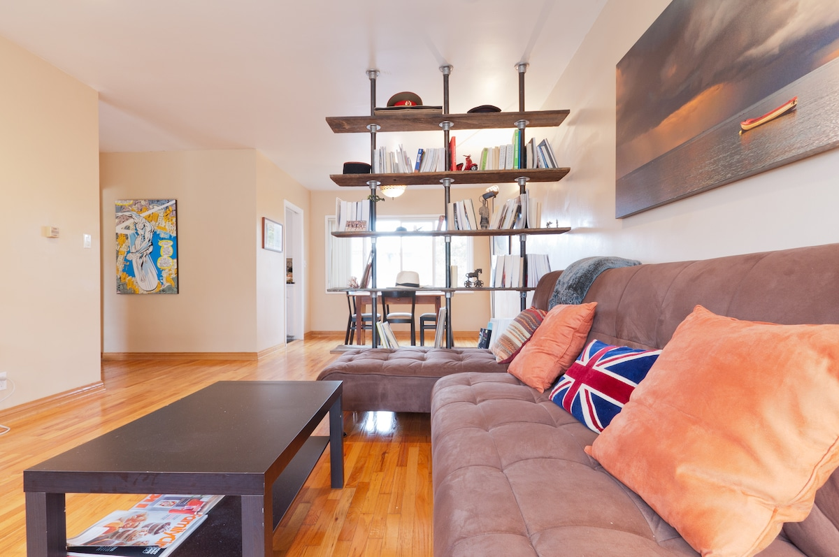 Bright, stylish and spacious 1bd, walking distance from the beach and in the heart of everything that matters in Santa Monica.