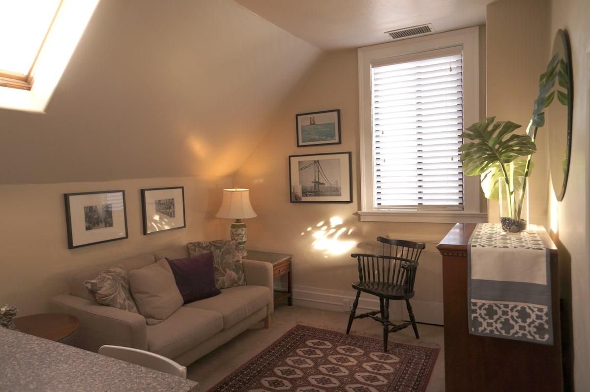 Chic European Style Guest Suite, #2