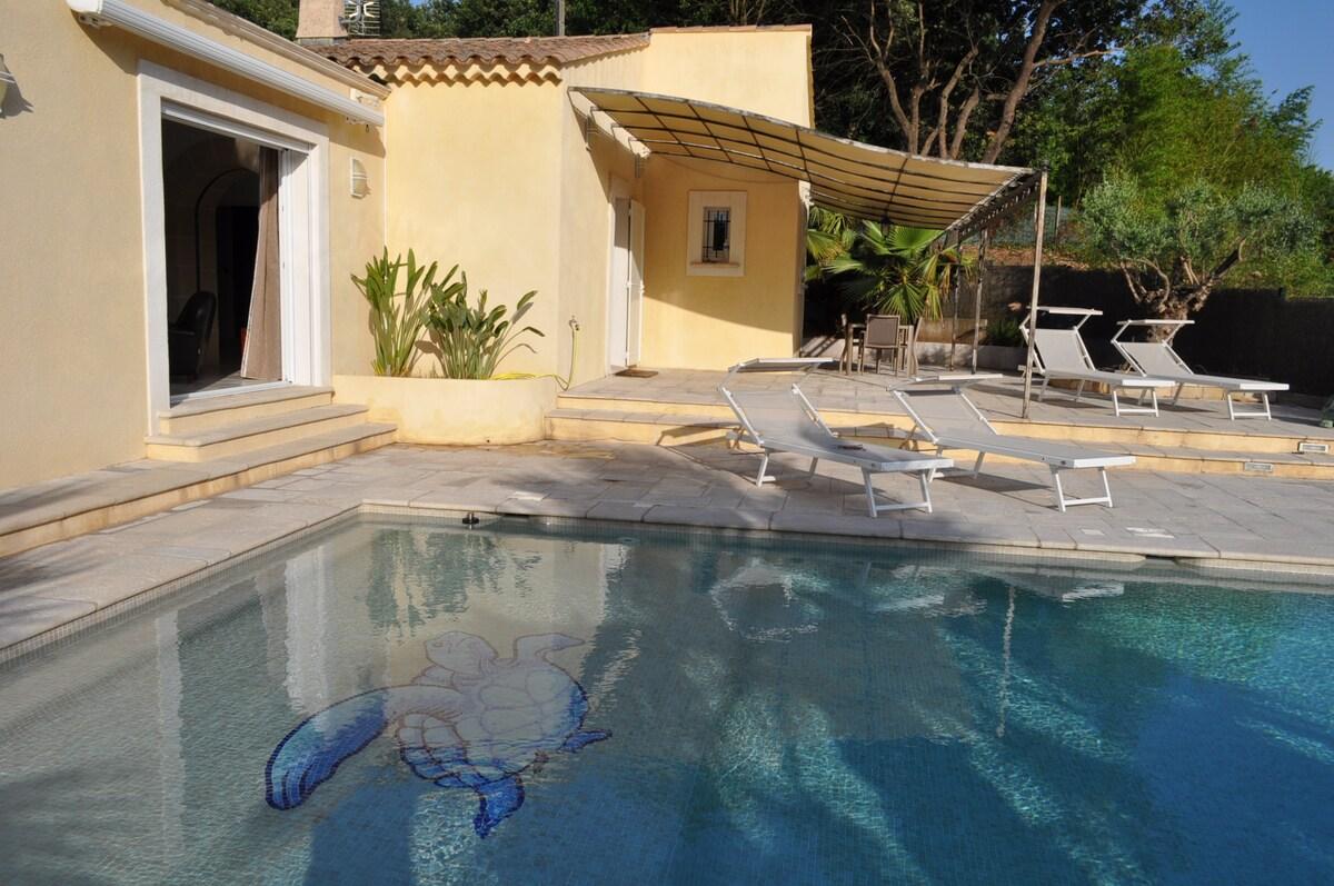 agréable villa avec piscine privée