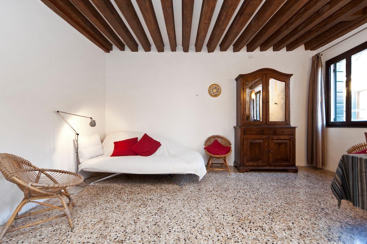 Very nice flat near Rialto Bridge