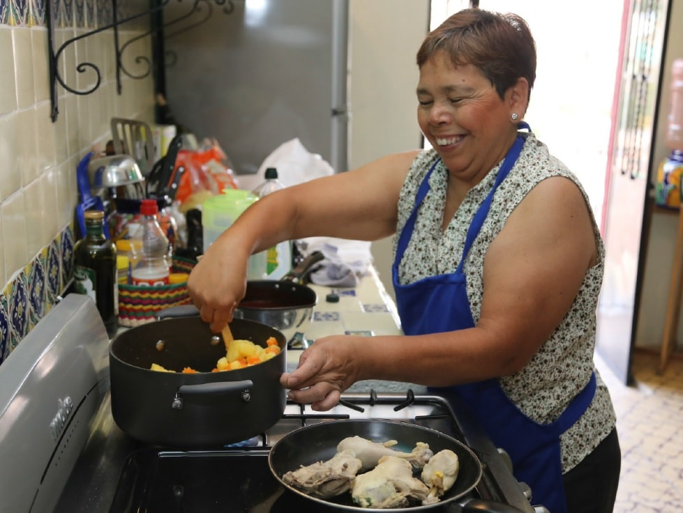Our property manager can arrange for on-site cooking classes.