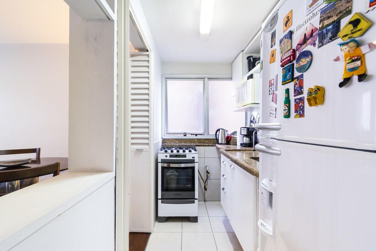 Comfortable Duplex / Great Location