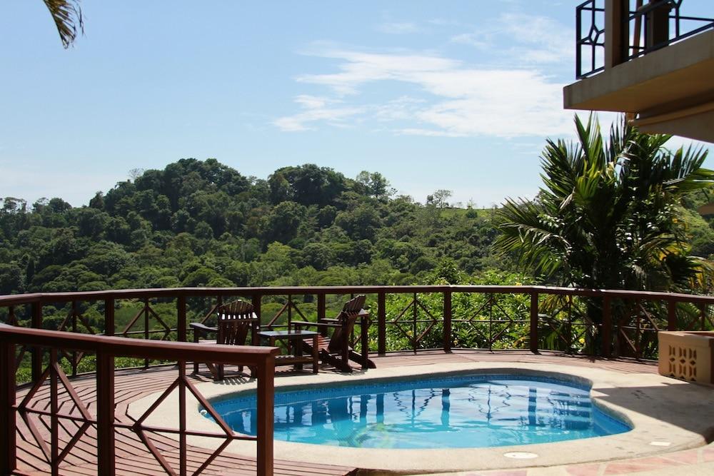 Pacific Beach House in Costa Rica
