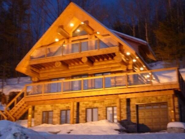 Maison bois rond scandinave spa saint hippolyte - Maison bois scandinave ...