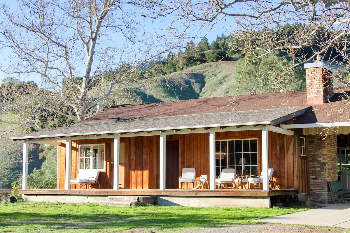 Rustic Ranch House In Cloverdale