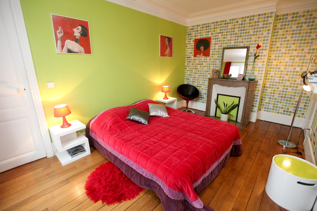 Movida room with double bed