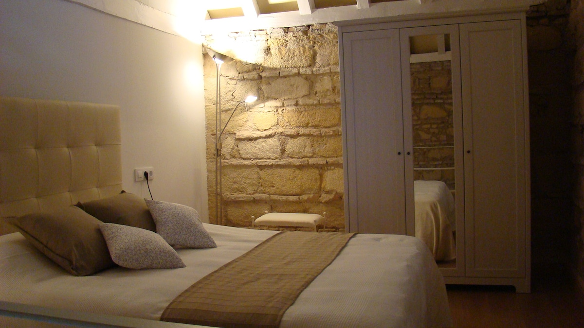 Romantic Mini-loft in sherry-bodega