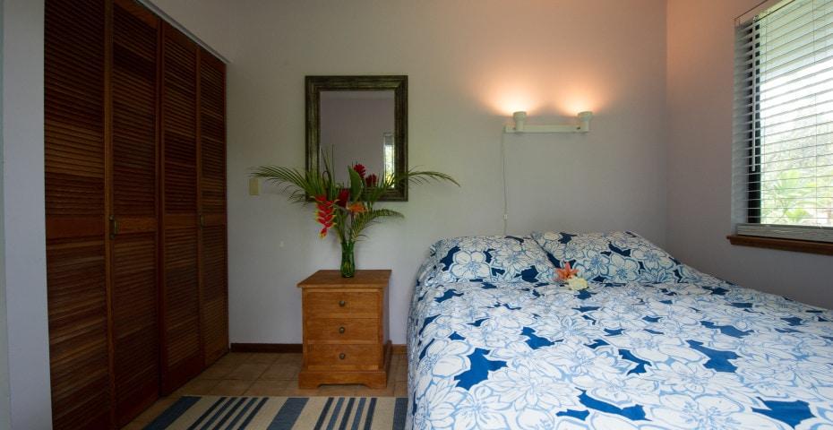 Cabana Pond Room 20% Special