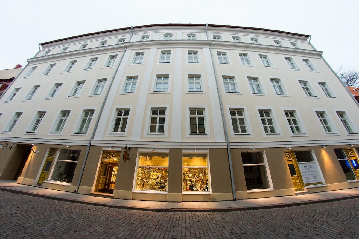 main facade of the house