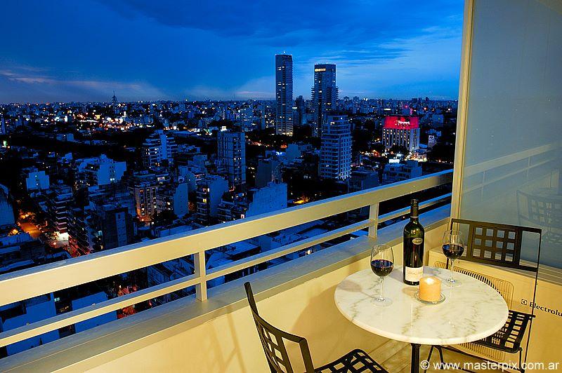 Amazing View!  1 Bd Studio - UNO22