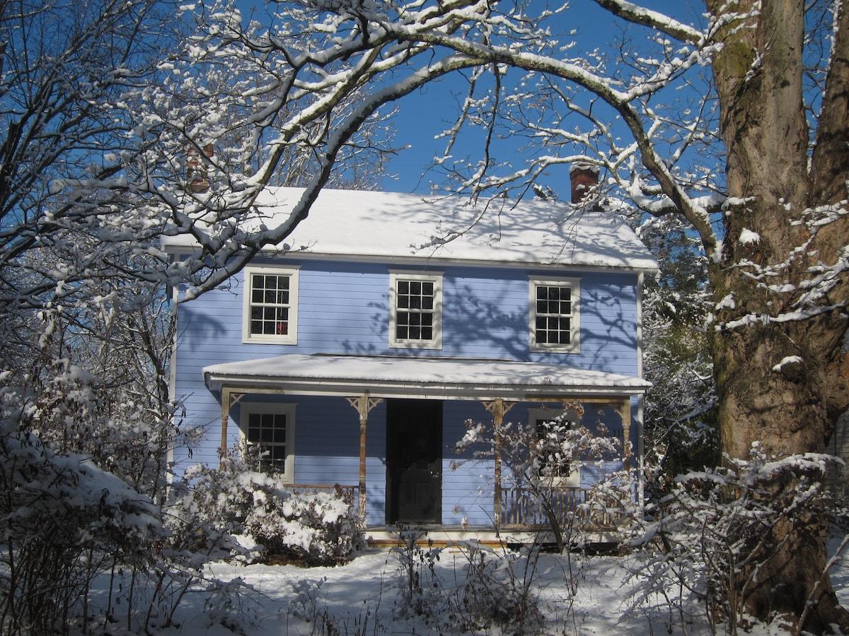 Cozy room, 1860's In-town Farmhouse