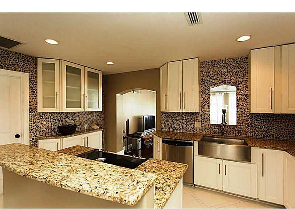 Modern kitchen with granite counter tops