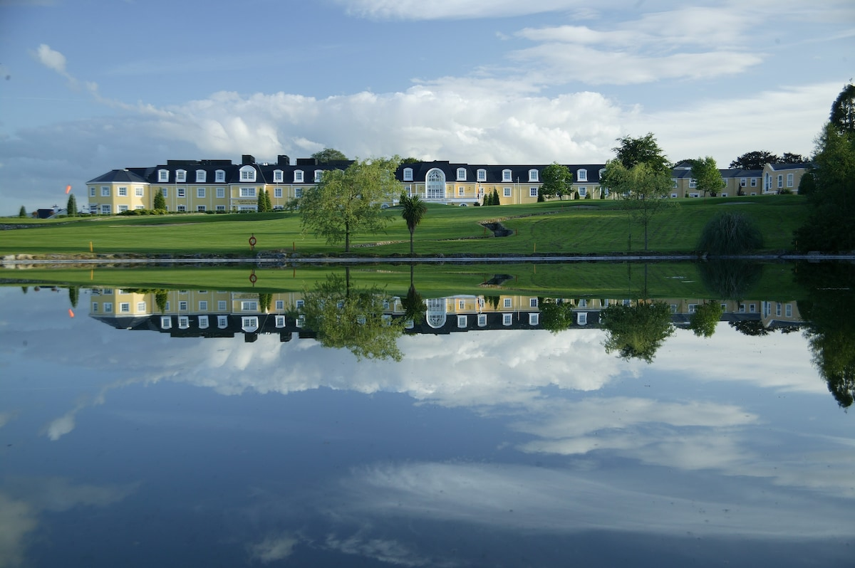 Wolseley Holiday Lodges at Mount Wo