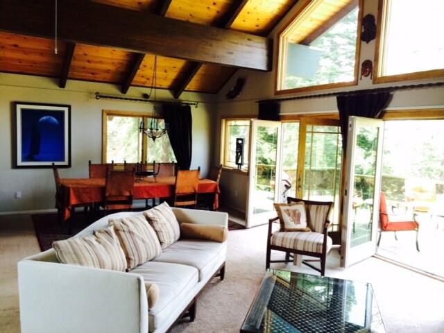 Fantastic Views- 3 Bedroom House