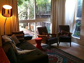 Clean cosy room in Fabulous Fitzroy